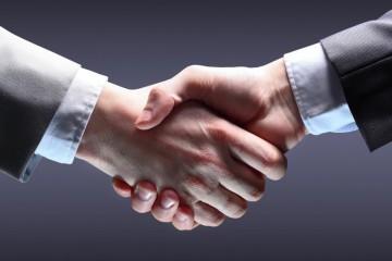 Handshake-highres