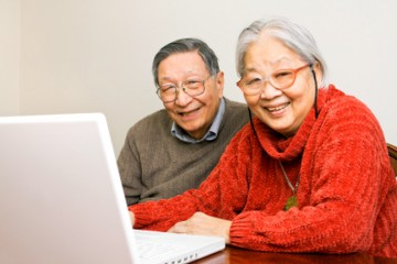 happy_elderly_couple