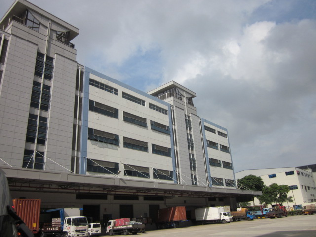 8 and 10 Pandan Crescent