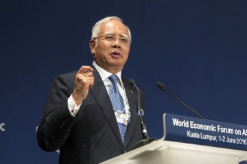 Najib Razak, Malaysia's prime minister, speaks at the World Economic Forum for Association of Southeast Asian Nations (ASEAN) in Kuala Lumpur, Malaysia, on Wednesday, June 1, 2016. The meeting will conclude on June 2. Photographer: Charles Pertwee/Bloomberg