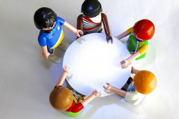 round table lego