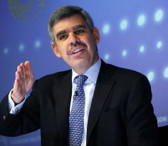 PIMCO's Chief Executive Officer and Co-Chief Investment Officer Mohamed El-Erian speaks during an interview at Thomson Reuters in New York March 31, 2011. PIMCO would reconsider buying back U.S. government debt, including Treasuries, if the Newport Beach, Calif. firm sees value in them again, El-Erian said on Thursday.                               REUTERS/Shannon Stapleton (UNITED STATES - Tags: BUSINESS) - RTR2KNCG