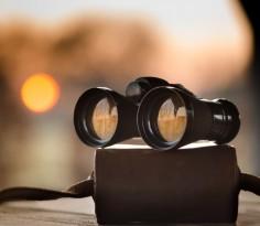 30317-binoculars-and-sunset_1280x869