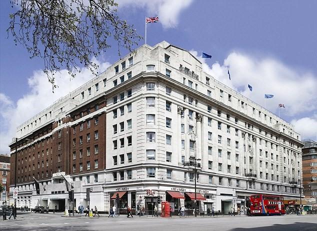 Cumberland_Hotel
